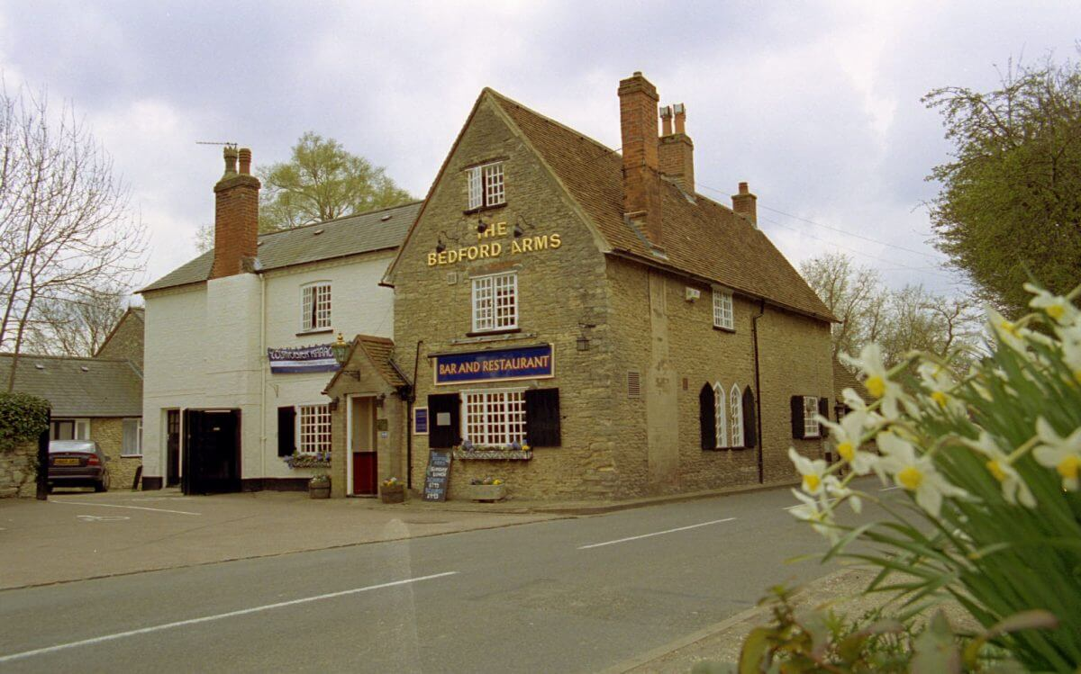 Bedford Arms, Oakly