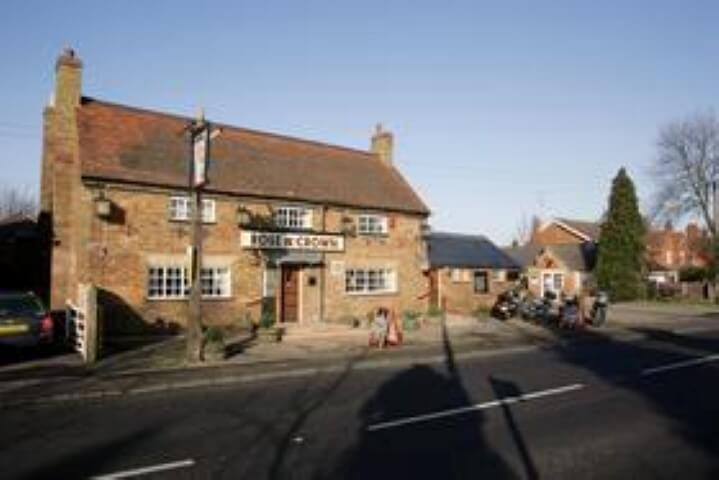 Rose And Crown, Ridgmont