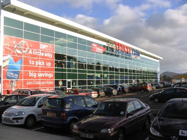 Tesco looks to further simplify store operation