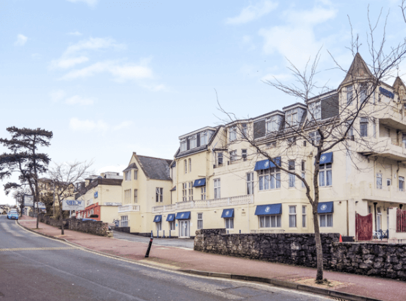 £3.25m Torquay hotel changes hands