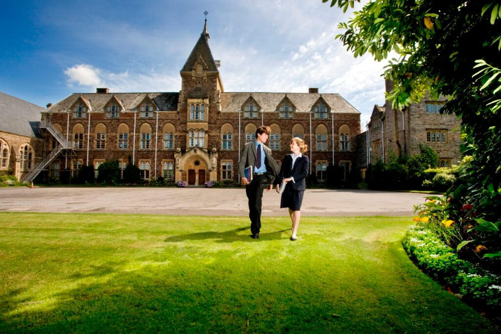 Sodexo scoops £1.4m a year deal with Somerset schools